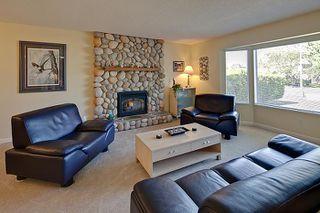 Photo 3: Pitt Meadows Split Level House for Sale @ 19344 121A Ave MLS #V924031