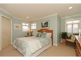 "Photo 9: 5248 GLEN ABBEY Place in Tsawwassen: Cliff Drive House for sale in ""IMPERIAL VILLAGE"" : MLS®# V927493"