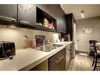 Photo 4: 302 2140 17A Street SW in CALGARY: Bankview Condo for sale (Calgary)  : MLS®# C3592742