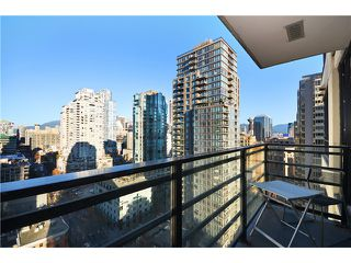 "Photo 9: 2208 909 MAINLAND Street in Vancouver: Yaletown Condo for sale in ""YALETOWN PARK"" (Vancouver West)  : MLS®# V1038320"