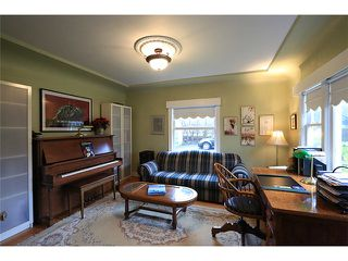 Photo 10: 302 FIFTH Street in New Westminster: Queens Park House for sale : MLS®# V1044865