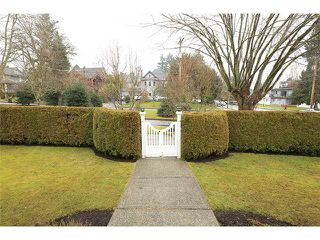 Photo 18: 302 FIFTH Street in New Westminster: Queens Park House for sale : MLS®# V1044865