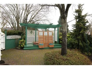 Photo 20: 302 FIFTH Street in New Westminster: Queens Park House for sale : MLS®# V1044865