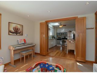 "Photo 10: 38 W 20TH Avenue in Vancouver: Cambie House for sale in ""CAMBIE VILLAGE"" (Vancouver West)  : MLS®# V1053953"