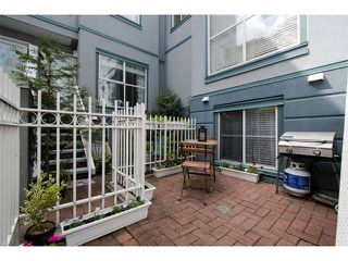 "Photo 15: 11 877 W 7TH Avenue in Vancouver: Fairview VW Townhouse for sale in ""EMERALD COURT"" (Vancouver West)  : MLS®# V1061209"
