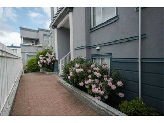 "Photo 18: 11 877 W 7TH Avenue in Vancouver: Fairview VW Townhouse for sale in ""EMERALD COURT"" (Vancouver West)  : MLS®# V1061209"