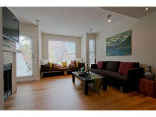 "Photo 3: 11 877 W 7TH Avenue in Vancouver: Fairview VW Townhouse for sale in ""EMERALD COURT"" (Vancouver West)  : MLS®# V1061209"