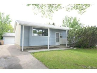 Photo 1: 23 DALGLIESH Drive in Regina: Walsh Acres Single Family Dwelling for sale (Regina Area 01)  : MLS®# 502051