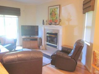 """Photo 5: 15 2168 150A Street in Surrey: Sunnyside Park Surrey Townhouse for sale in """"SOUTH HAMPTON"""" (South Surrey White Rock)  : MLS®# F1425347"""