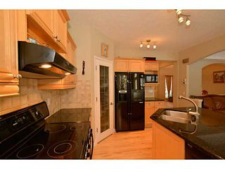 Photo 3: 89 STRATHRIDGE Close SW in Calgary: Strathcona Park Residential Detached Single Family for sale : MLS®# C3647203