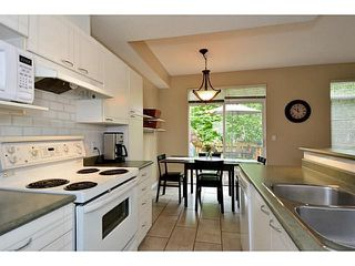 "Photo 3: 34 15030 58 Avenue in Surrey: Sullivan Station Townhouse for sale in ""Summerleaf"" : MLS®# F1440601"