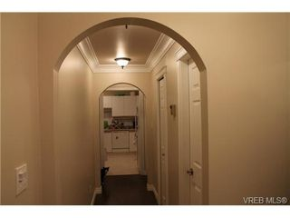 Photo 3: 329 40 W Gorge Rd in VICTORIA: SW Gorge Condo Apartment for sale (Saanich West)  : MLS®# 703635