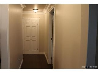 Photo 4: 329 40 W Gorge Rd in VICTORIA: SW Gorge Condo Apartment for sale (Saanich West)  : MLS®# 703635