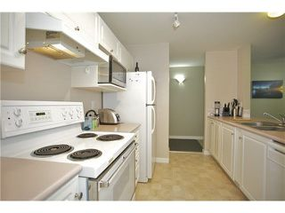 "Photo 10: 207 20277 53 Avenue in Langley: Langley City Condo for sale in ""Metro II"" : MLS®# F1446990"