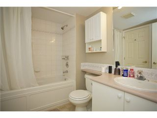 "Photo 14: 207 20277 53 Avenue in Langley: Langley City Condo for sale in ""Metro II"" : MLS®# F1446990"