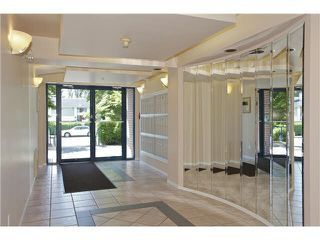 "Photo 2: 207 20277 53 Avenue in Langley: Langley City Condo for sale in ""Metro II"" : MLS®# F1446990"
