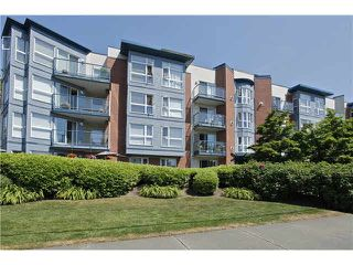 "Photo 1: 207 20277 53 Avenue in Langley: Langley City Condo for sale in ""Metro II"" : MLS®# F1446990"