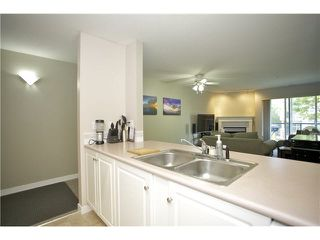 "Photo 11: 207 20277 53 Avenue in Langley: Langley City Condo for sale in ""Metro II"" : MLS®# F1446990"