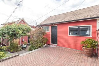 Photo 16: 238 W 5TH Street in NORTH VANC: Lower Lonsdale House for sale (North Vancouver)  : MLS®# R2002315