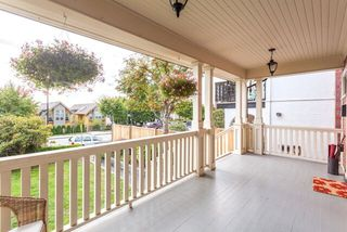 Photo 2: 238 W 5TH Street in NORTH VANC: Lower Lonsdale House for sale (North Vancouver)  : MLS®# R2002315