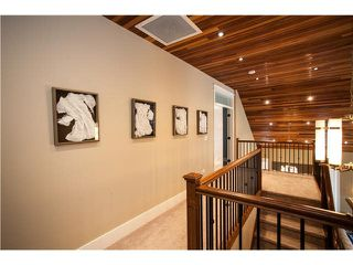 "Photo 7: 15643 18 Avenue in Surrey: King George Corridor House for sale in ""KING GEORGE CORRIDOR"" (South Surrey White Rock)  : MLS®# R2010205"