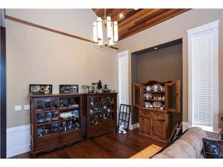 "Photo 3: 15643 18 Avenue in Surrey: King George Corridor House for sale in ""KING GEORGE CORRIDOR"" (South Surrey White Rock)  : MLS®# R2010205"