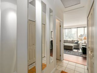 "Photo 13: 504 1177 HORNBY Street in Vancouver: Downtown VW Condo for sale in ""LONDON PLACE"" (Vancouver West)  : MLS®# R2061636"