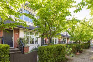 "Photo 4: 3836 WELWYN Street in Vancouver: Victoria VE Townhouse for sale in ""STORIES BY MOSAIC HOMES"" (Vancouver East)  : MLS®# R2063240"