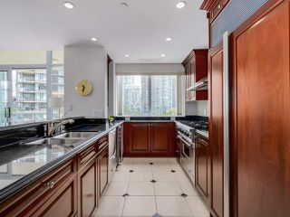 Photo 12: 803 428 BEACH Crescent in Vancouver: Yaletown Condo for sale (Vancouver West)  : MLS®# R2072146