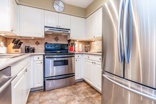 "Photo 6: 205 33675 MARSHALL Road in Abbotsford: Central Abbotsford Condo for sale in ""Huntington"" : MLS®# R2072770"