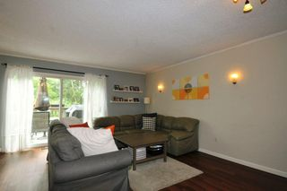 """Photo 3: 331A EVERGREEN Drive in Port Moody: College Park PM Townhouse for sale in """"EVERGREEN"""" : MLS®# R2087745"""