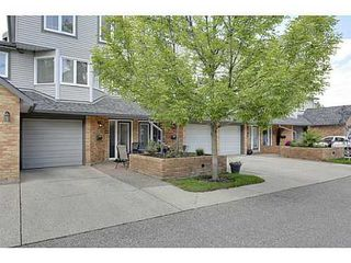 Photo 13: 22 COACHWAY Green SW in Calgary: 4 Level Split for sale : MLS®# C3572923