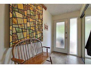 Photo 14: 22 COACHWAY Green SW in Calgary: 4 Level Split for sale : MLS®# C3572923