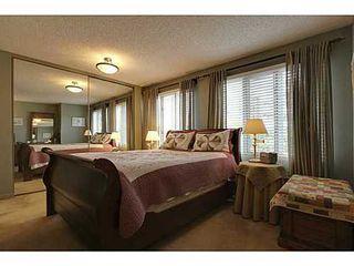 Photo 9: 22 COACHWAY Green SW in Calgary: 4 Level Split for sale : MLS®# C3572923