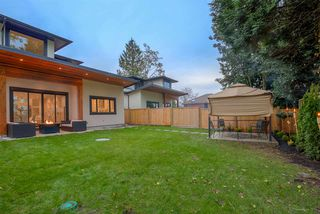 Photo 6: 6238 PORTLAND Street in Burnaby: South Slope House 1/2 Duplex for sale (Burnaby South)  : MLS®# R2112145