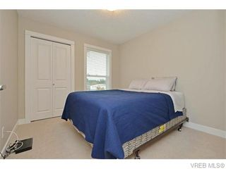 Photo 14: 986 Dunford Ave in VICTORIA: La Langford Proper Row/Townhouse for sale (Langford)  : MLS®# 744988