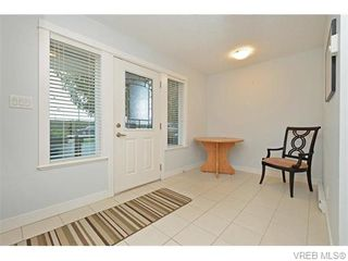 Photo 18: 986 Dunford Ave in VICTORIA: La Langford Proper Row/Townhouse for sale (Langford)  : MLS®# 744988