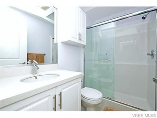 Photo 12: 986 Dunford Ave in VICTORIA: La Langford Proper Row/Townhouse for sale (Langford)  : MLS®# 744988