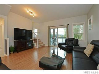Photo 5: 986 Dunford Ave in VICTORIA: La Langford Proper Row/Townhouse for sale (Langford)  : MLS®# 744988