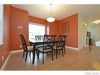 Photo 6: 986 Dunford Ave in VICTORIA: La Langford Proper Row/Townhouse for sale (Langford)  : MLS®# 744988