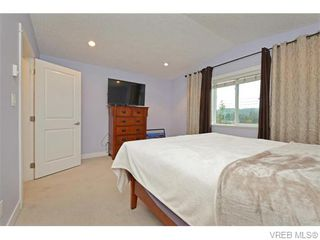 Photo 10: 986 Dunford Ave in VICTORIA: La Langford Proper Row/Townhouse for sale (Langford)  : MLS®# 744988