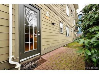 Photo 3: 103 2844 Bryn Maur Rd in VICTORIA: La Langford Proper Condo for sale (Langford)  : MLS®# 749582