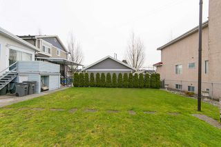 Photo 18: 3070 E 52ND Avenue in Vancouver: Killarney VE House for sale (Vancouver East)  : MLS®# R2148373