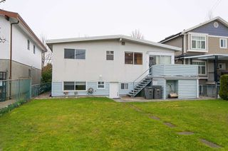 Photo 17: 3070 E 52ND Avenue in Vancouver: Killarney VE House for sale (Vancouver East)  : MLS®# R2148373