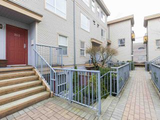 "Main Photo: 303 2688 WATSON Street in Vancouver: Mount Pleasant VE Townhouse for sale in ""Tala Vera"" (Vancouver East)  : MLS®# R2152269"