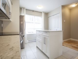 """Photo 9: 303 2688 WATSON Street in Vancouver: Mount Pleasant VE Townhouse for sale in """"Tala Vera"""" (Vancouver East)  : MLS®# R2152269"""