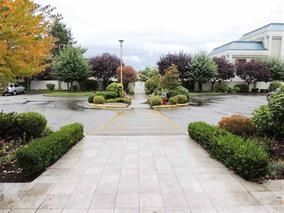 "Photo 2: 418 2626 COUNTESS Street in Abbotsford: Abbotsford West Condo for sale in ""WEDGEWOOD"" : MLS®# R2173441"
