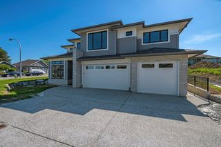 "Photo 1: 3964 COACHSTONE Way in Abbotsford: Abbotsford East House for sale in ""CREEKSTONE ON THE PARK"" : MLS®# R2176586"
