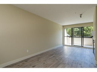 Photo 8: 242 10838 CITY PARKWAY in Surrey: Whalley Condo for sale (North Surrey)  : MLS®# R2183847