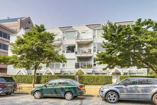 "Photo 15: 302 2010 W 8TH Avenue in Vancouver: Kitsilano Condo for sale in ""AUGUSTINE GARDENS"" (Vancouver West)  : MLS®# R2197436"